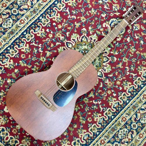 Martin 00015-SM All Mahogany Body